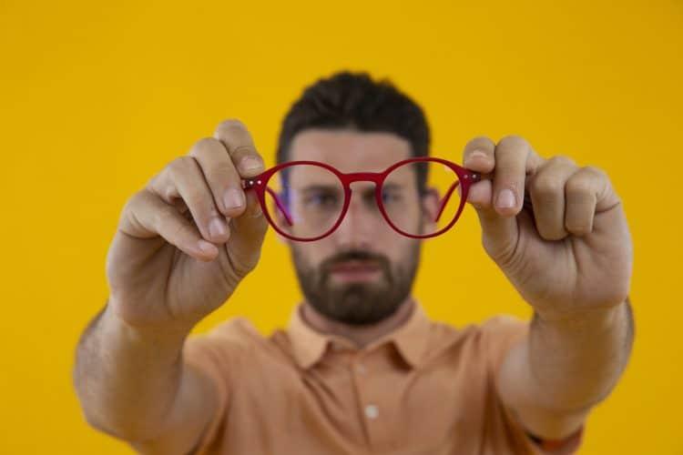 can-blue-light-glasses-cause-headaches